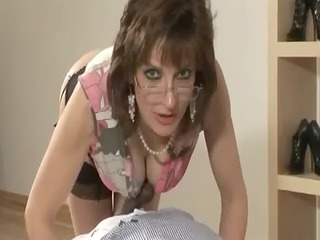 older interracial orall-service cumshot