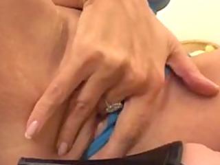 lustful mamma needs some rod