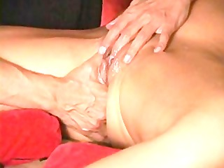 squirt guru shows how to do it