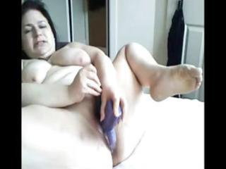 plumper brunette mommy toys her corpulent love