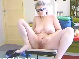 breasty wife widens her legs and masturbates