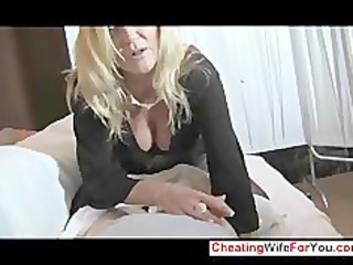 sexy mother i gives great tugjob
