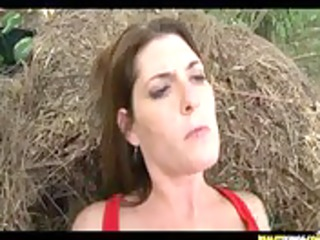 MILFhunter gets some great outdoor banging action