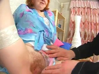 russian granny gets her wazoo licked