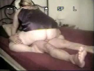 amateur wife in nylons copulates