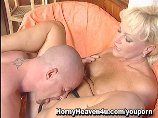 anal mother i