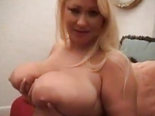 breasty lustful bbw d like to fuck masturbating