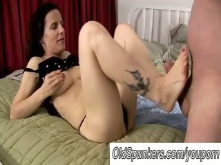 hawt mature foot fuck and oral sex