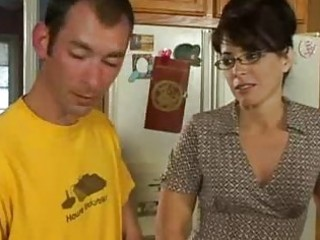 kitchen sex for horny d like to fuck