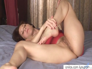 breasty mamma copulates her unshaved cunt