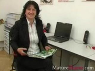 mature secretary giving pov oral sex