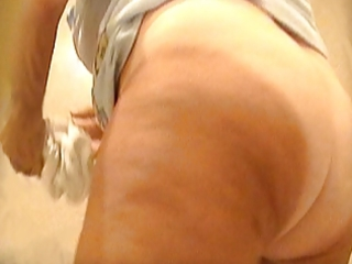 voyeur granny mature hirsute cum-hole white panty