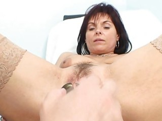classy mother i bitch receives her old pussy