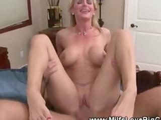 man makes her screech of pleasure