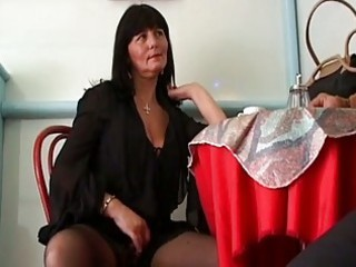 slutty mature dark brown seduces cu...
