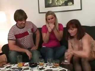 lascivious brunette hair momma opens cum hungry