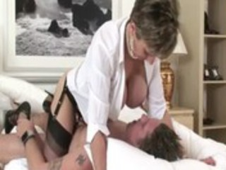 aged brit lady sonia receives drilled