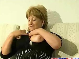 chubby mature cougar acquire excited
