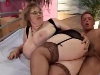 two curvy mature ladies for one juvenile guy