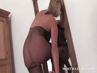 sexy mother i in hose riding marital-device