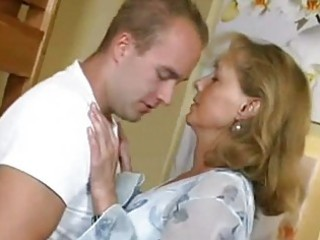 pretty mommy copulates with boy