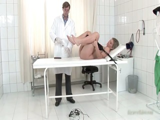 sexy blond sweetheart kimberly comes to the