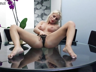 sexy mother i masturbating on her glass table