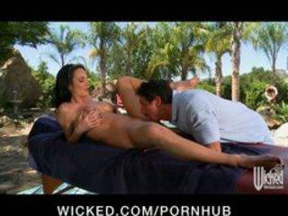 large tit mother i alektra blue acquires massage