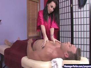 rayveness gives a provocative massage