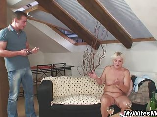 home party with her mommy goes very bad
