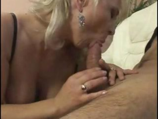 older breasty hottie takes advantage of her
