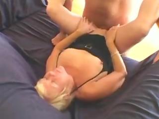 sexy granny cougar engulf and fuck