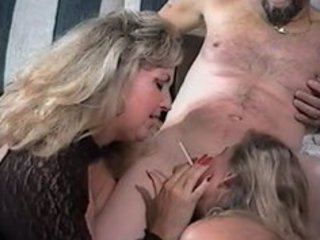 sexy matures tag-team smokin oral-sex