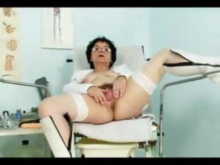 concupiscent older mother i bimbo does three-some