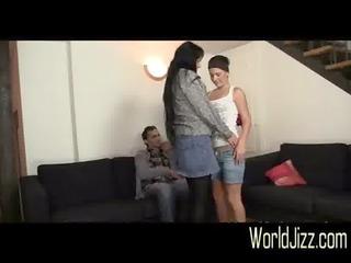 hotty eats his mom\&#111_s pussy