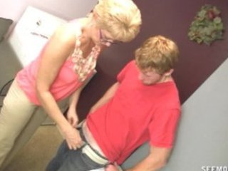 girlfriends mommy desires to clean his cock with