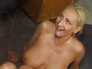 cum swallowing d like to fuck doxy with large