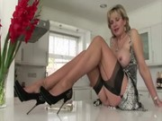 lustful mature british babe shows off